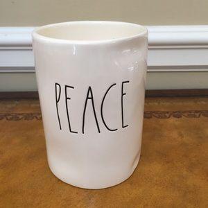 NWT Rae Dunn PEACE candle 11.4 ounces